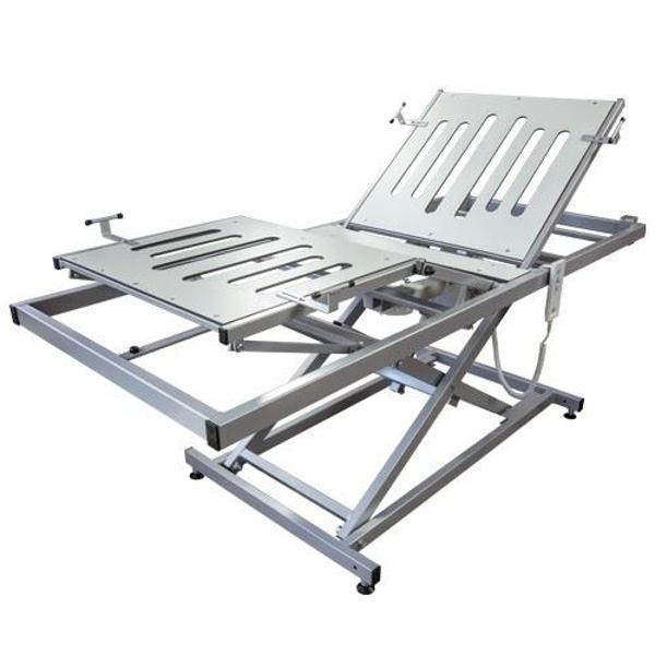 Pflegebett-Einsatz mit elektrischer Verstellung