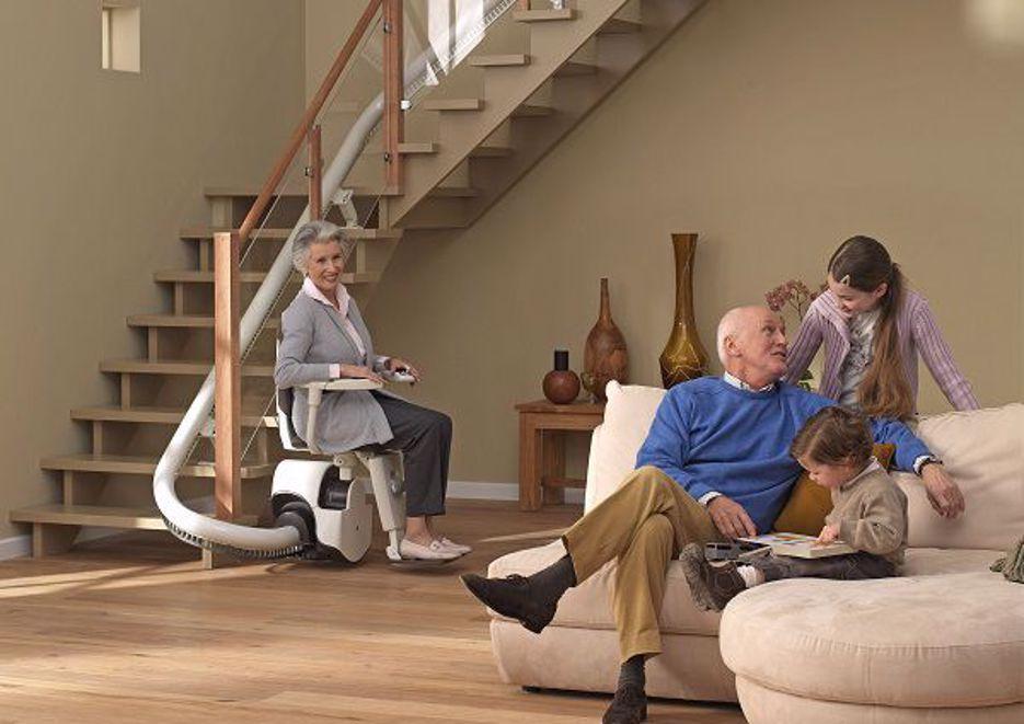 Im Alter Zuhause wohnen bleiben