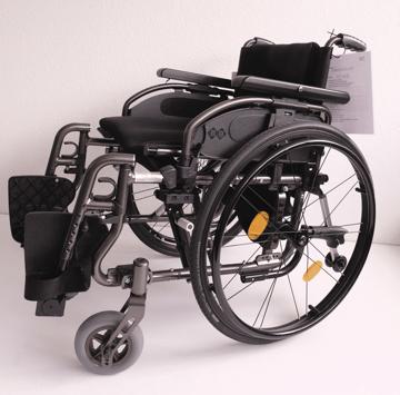 Rollstuhl BX 11 Demomodell